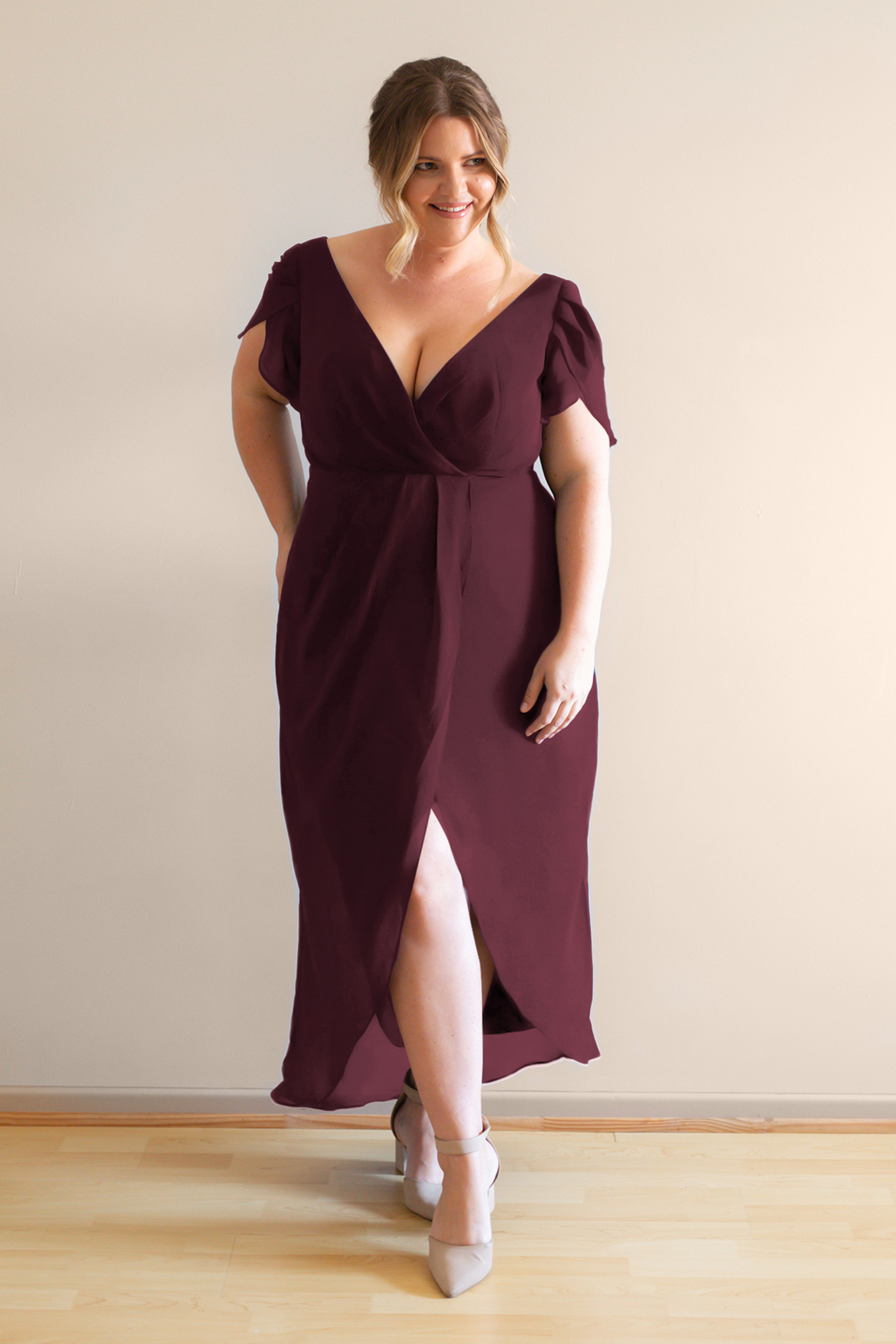Zara burgundy bridesmaids cocktail dress with sleeves curvy