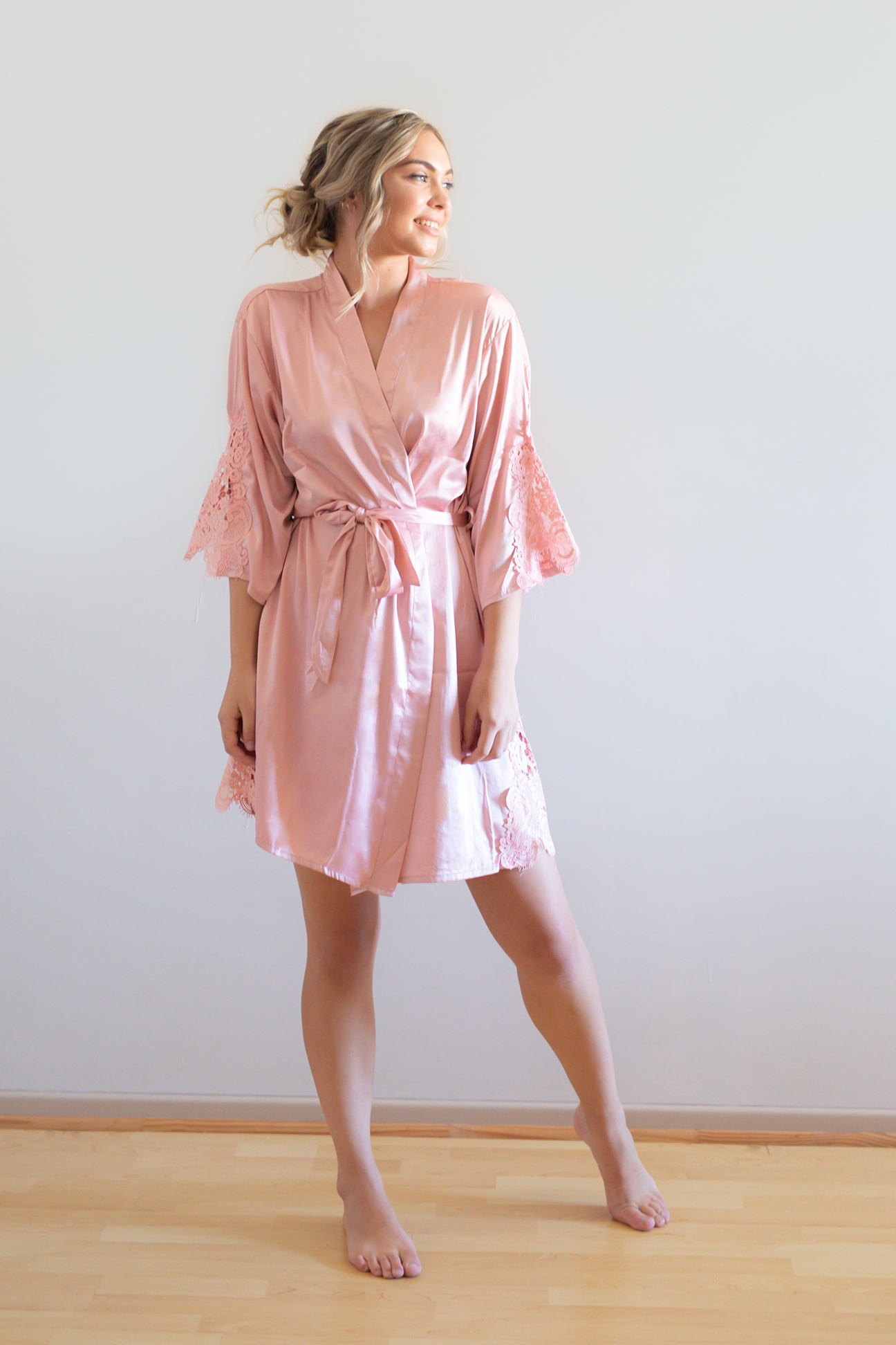 Amelie Satin Lace Bridesmaid Robes Dusky Pink