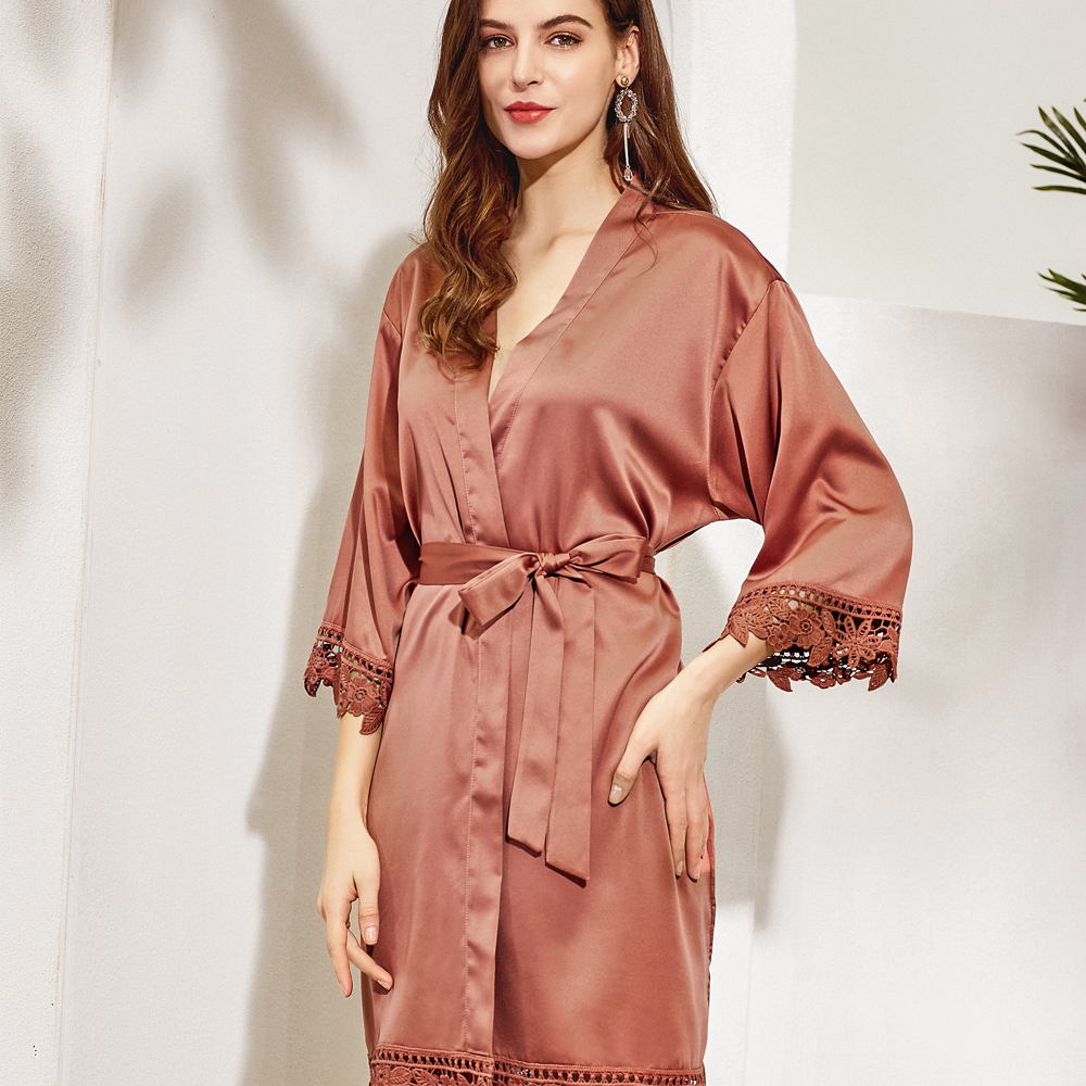 Bridesmaid Robe in Cinnamon