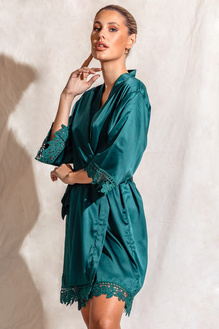 Emerald Green Lace Satin Bridesmaids Robe